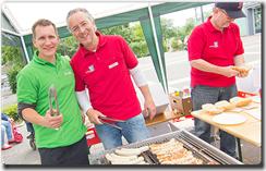 Frank Klesz und Simon Born beim Sommerfest der Sonnen-Apotheke in Bergkamen